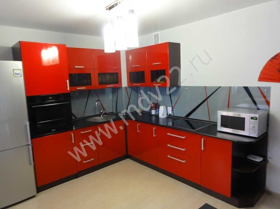 Кухни красно черного цвета фото угловые